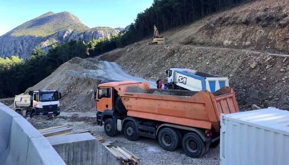 U povodu najave zatvaranja ceste kroz Zakučac (14): HRVATSKE CESTE NE MARE ZA POTREBE ŽITELJA POLJICA